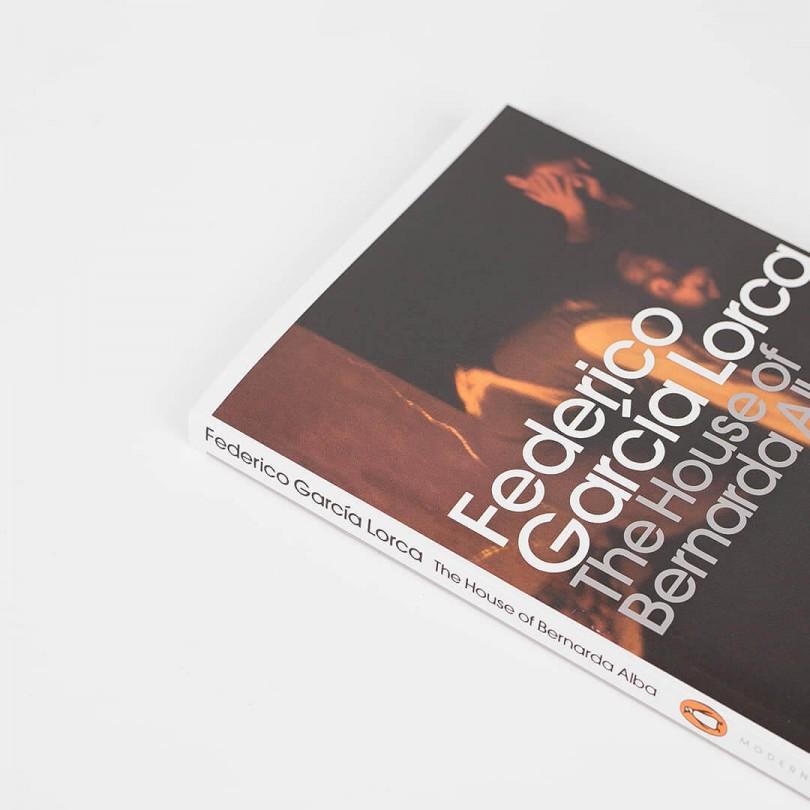 The House of Bernarda Alba · Federico García Lorca (Penguin Modern Classics)